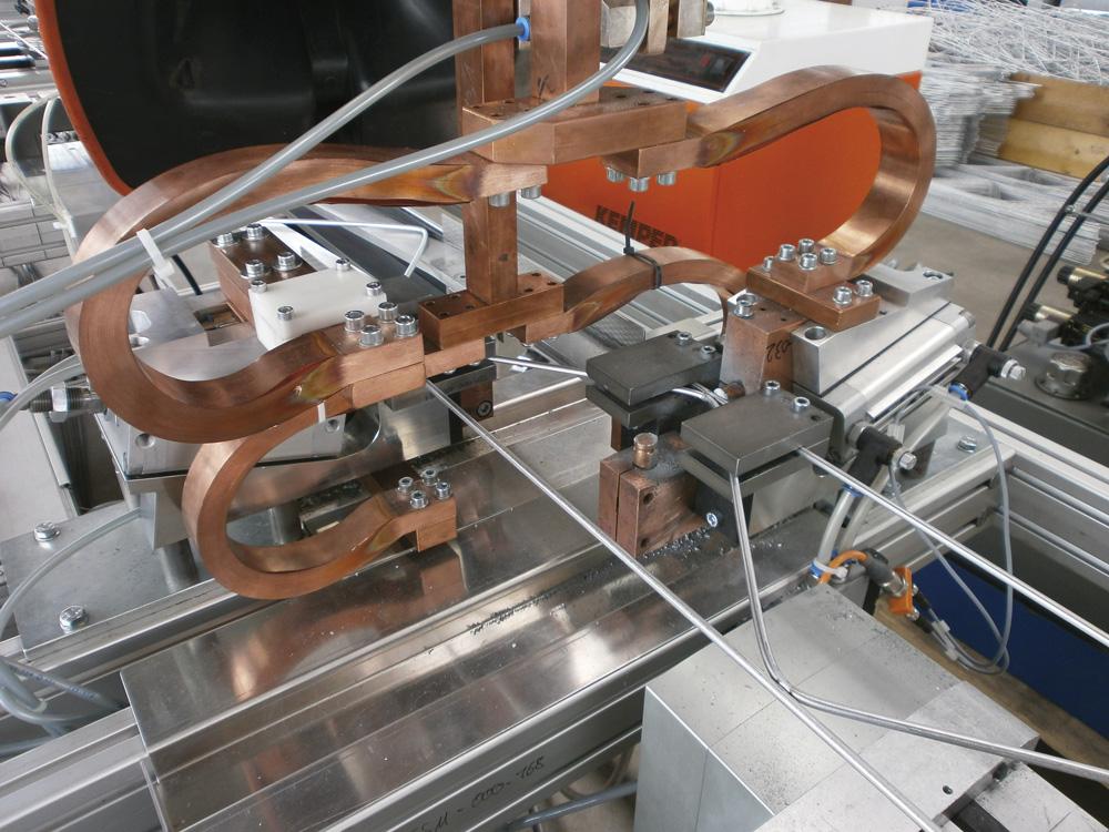 mbk Maschinenbau GmbH TSM Gitterträgerschweißmaschine Detail