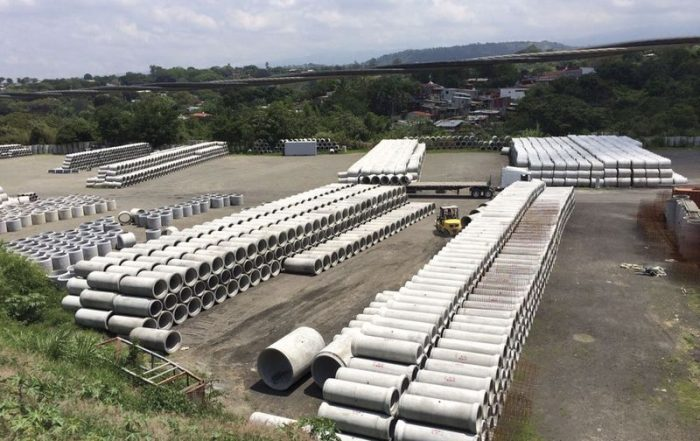concrete pipe warehouse at Tubeos Campeon in Costa Rica