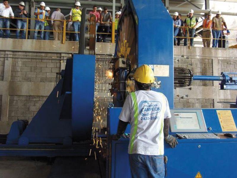mbk Maschine im Einsatz in Costa Rica bei Tubeos Campeon
